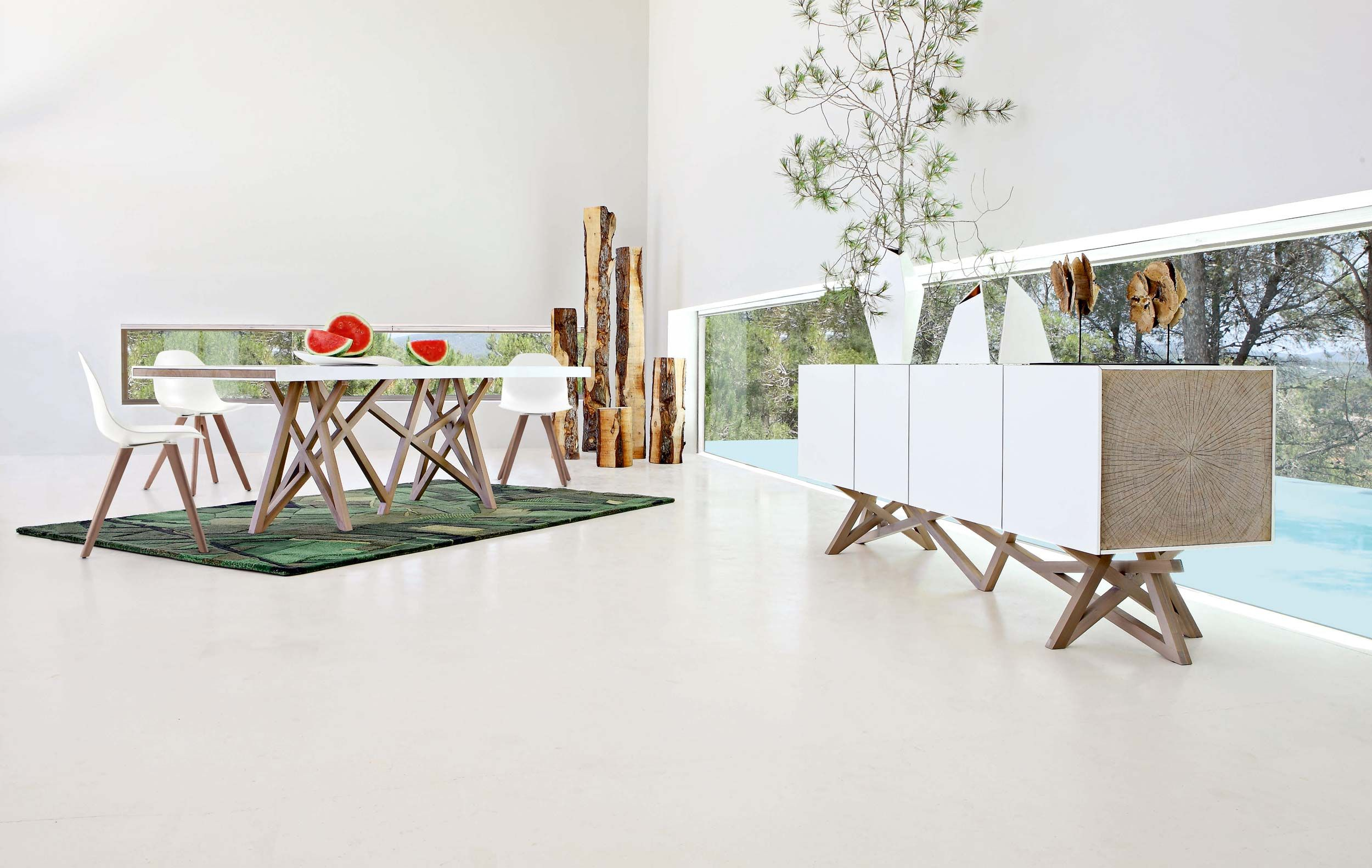 Roche Bobois SAGA Dining room Eco conceived collection