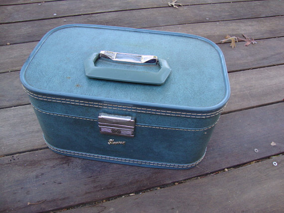 1960's Vintage Skyway Luggage Toiletries Case Carry On Train Bag ...