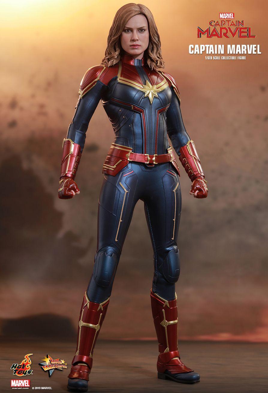 Hot Toys Captain Marvel Captain Marvel 1 6th Scale Collectible Figure Captain Marvel Marvel Figure Captain Marvel Costume [ 1311 x 894 Pixel ]