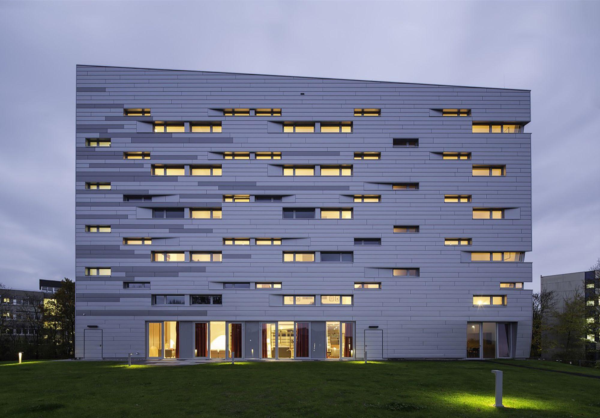 Imagem 6 de 19 da galeria de Casa Sankt Augustin / Graft. Fotografia de Tobias Hein
