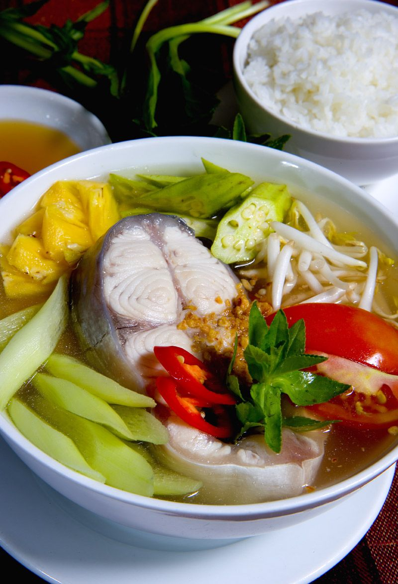 Vietnamese sour soup canh chua instead of putting fish for Substitute for fish food