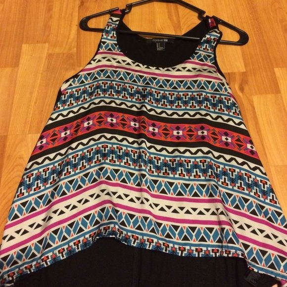 FOREVER 21 Aztec tank top!! The back is a bit see through but not too much from forever 21 gently worn nowhere near torn Forever 21 Tops Tank Tops