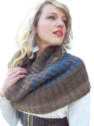 Racy Ribbed Cowl Knit Pattern | Easy knitting patterns ...