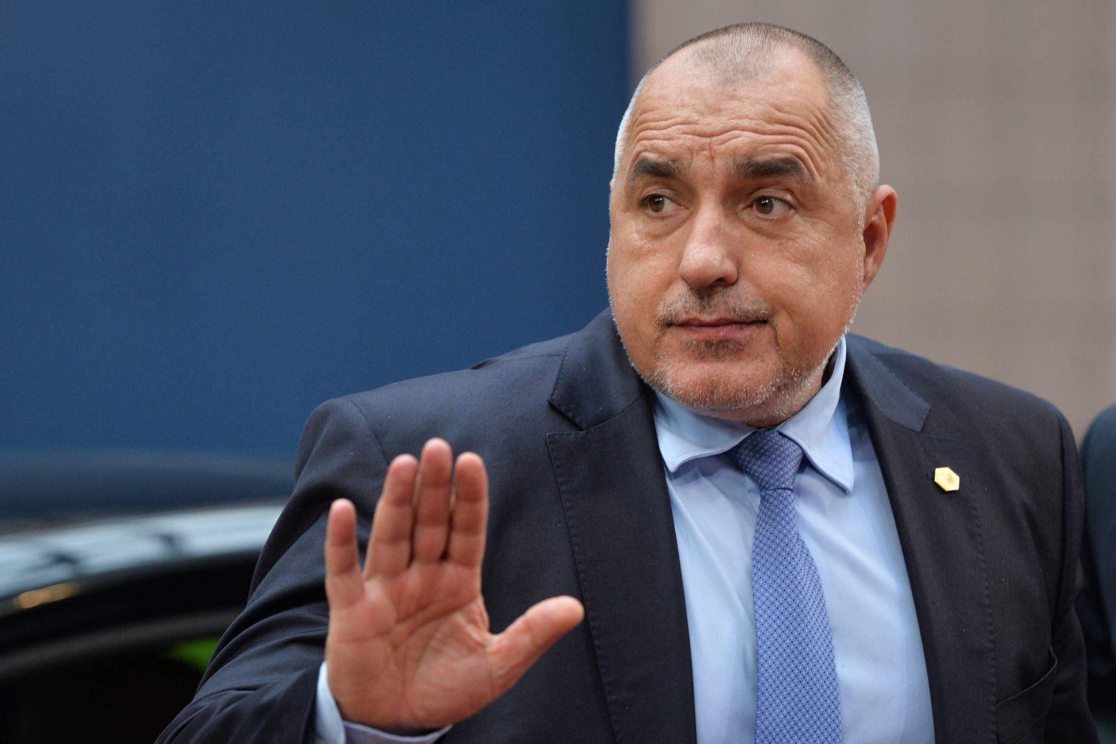Борисов заплаши от Лондон: Ако патриотите и реформаторите не са стабилни – избори! - http://novinite.eu/borisov-zaplashi-ot-london-ako-patriotite-i-reformatorite-ne-sa-stabilni-izbori/