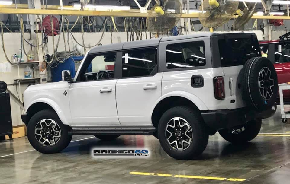 More Preproduction Broncos Completed Area 51 Wildtrak Race Red Badlands Rapid Red Big Bend Cyber Orange Obx Ford Bronco New Bronco Classic Ford Broncos