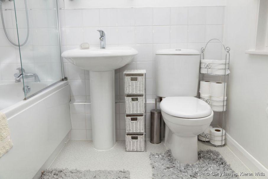Aménager une salle de bain de 2m2 pour un étudiant | Rangements ...