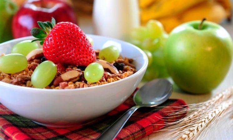 beneficios-de-un-desayuno-saludable-746x450.jpg (746×450)