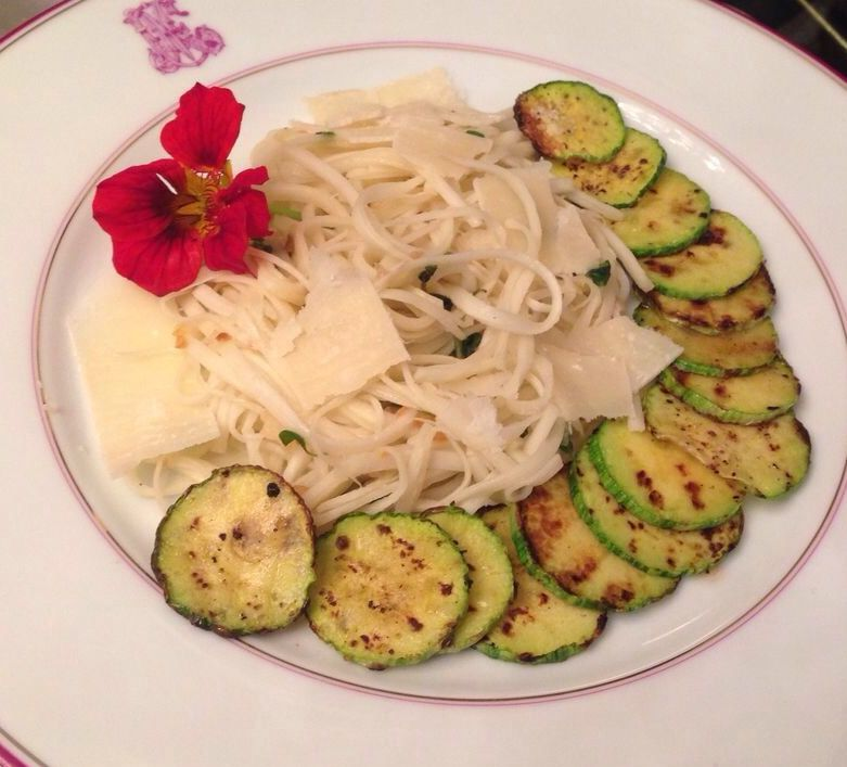 Espaguete de Pupunha - http://www.casarnaoengorda.com.br/recipes/espaguete-de-pupunha/
