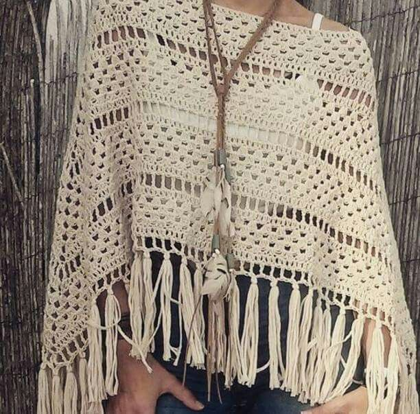 68f6c8911 Pin de Chanis Cartuche en tejidos | Ponchos tejidos a crochet ...