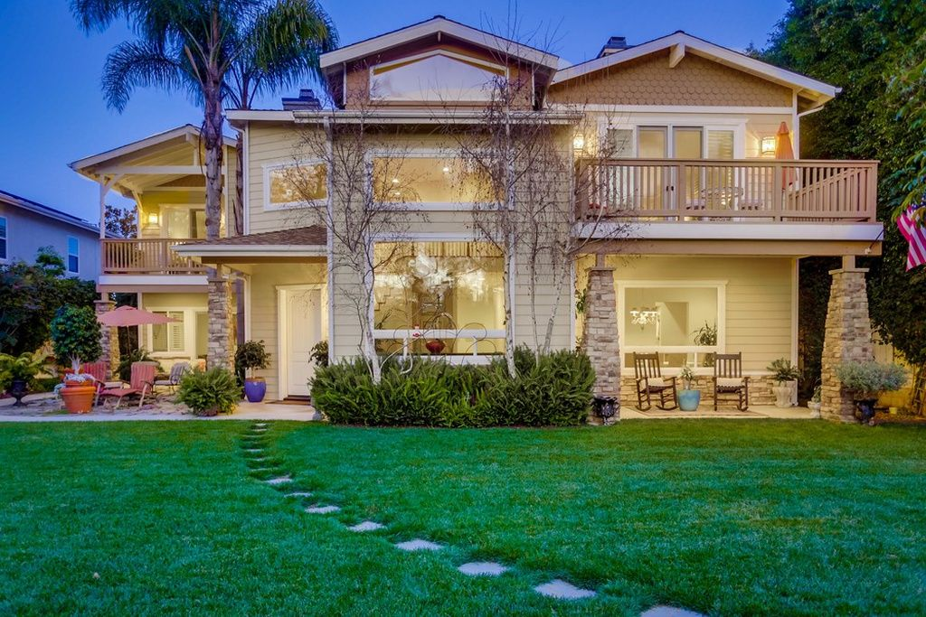Amazing 1546 Oak Ave Carlsbad Ca 92008 Zillow Home Exteriors Home Interior And Landscaping Ologienasavecom