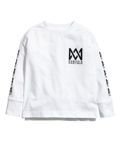 6a55b481e White/Marcus & Martinus. Top in cotton jersey with a printed design. Long  sleeves with ribbed cuffs.