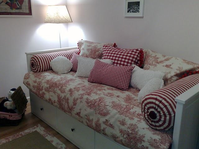 cuarto de invitados con sofa cama ikea