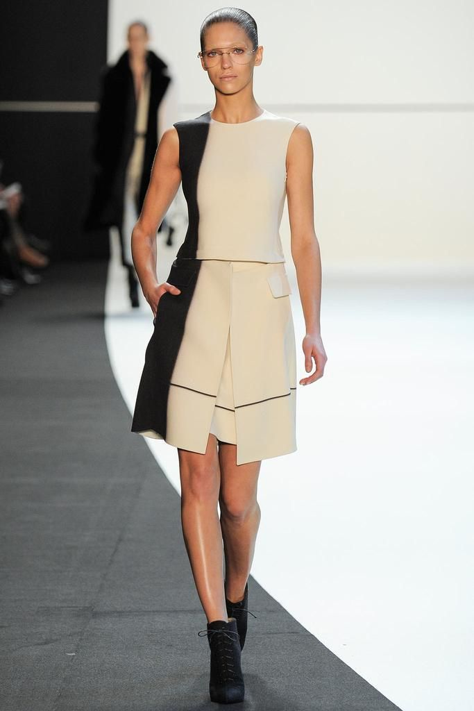Akris Fall 2014 Ready-to-Wear - Collection - Gallery - Style.com