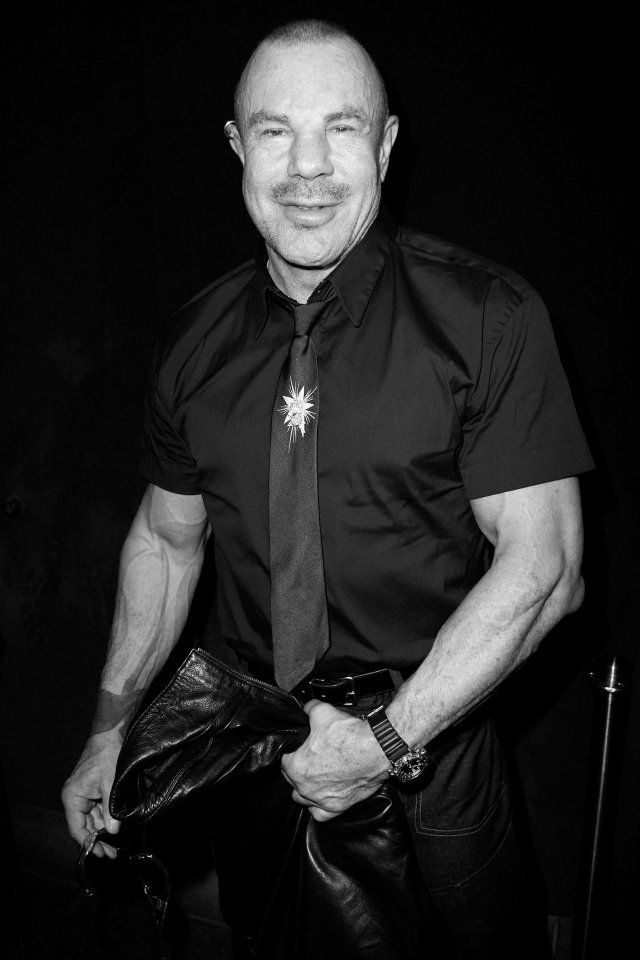 Top 50 Fashion Designers Of All Time Love Happens Magazine Mugler Fashion Design Thierry Mugler