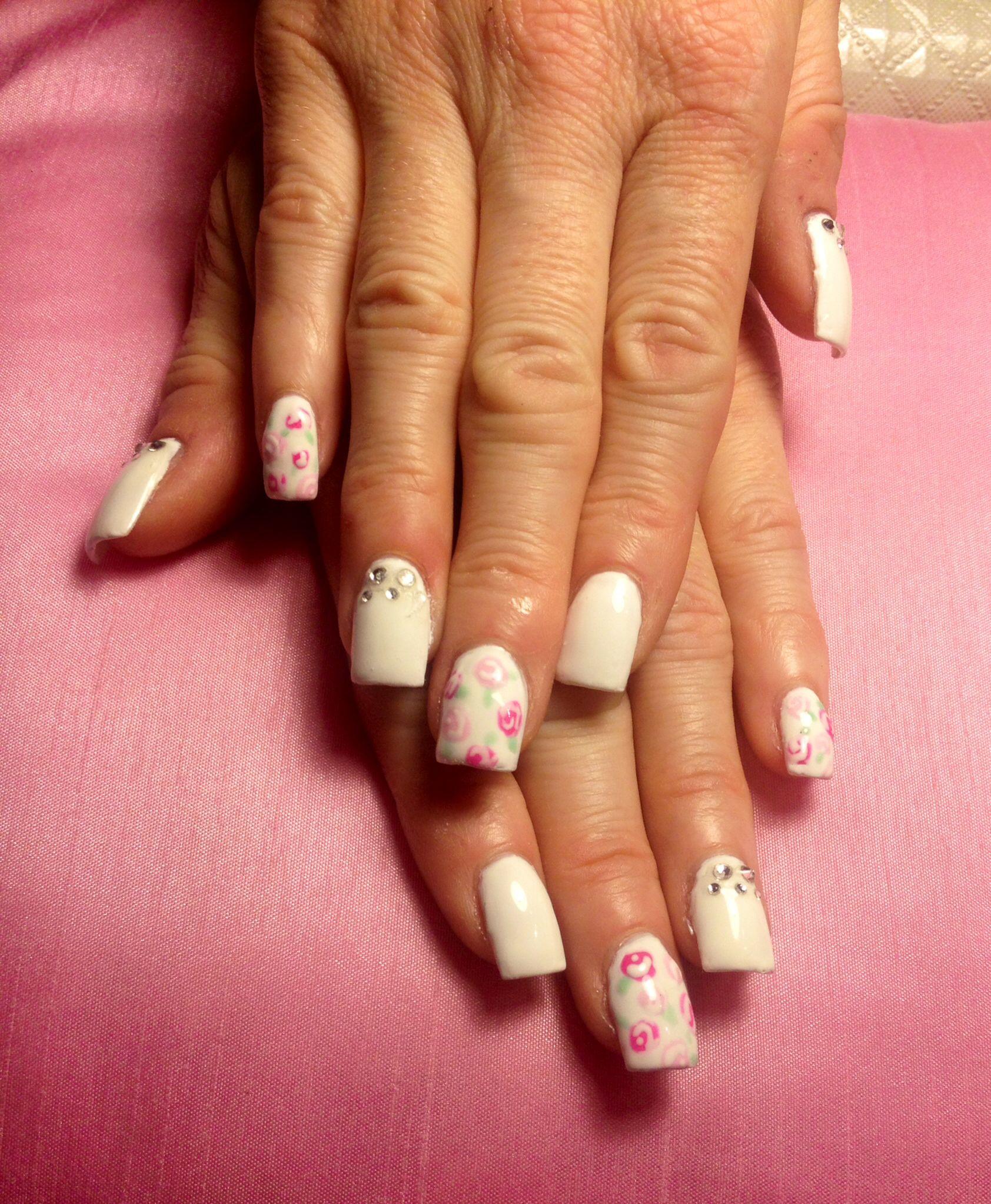 #nails #gel #floral