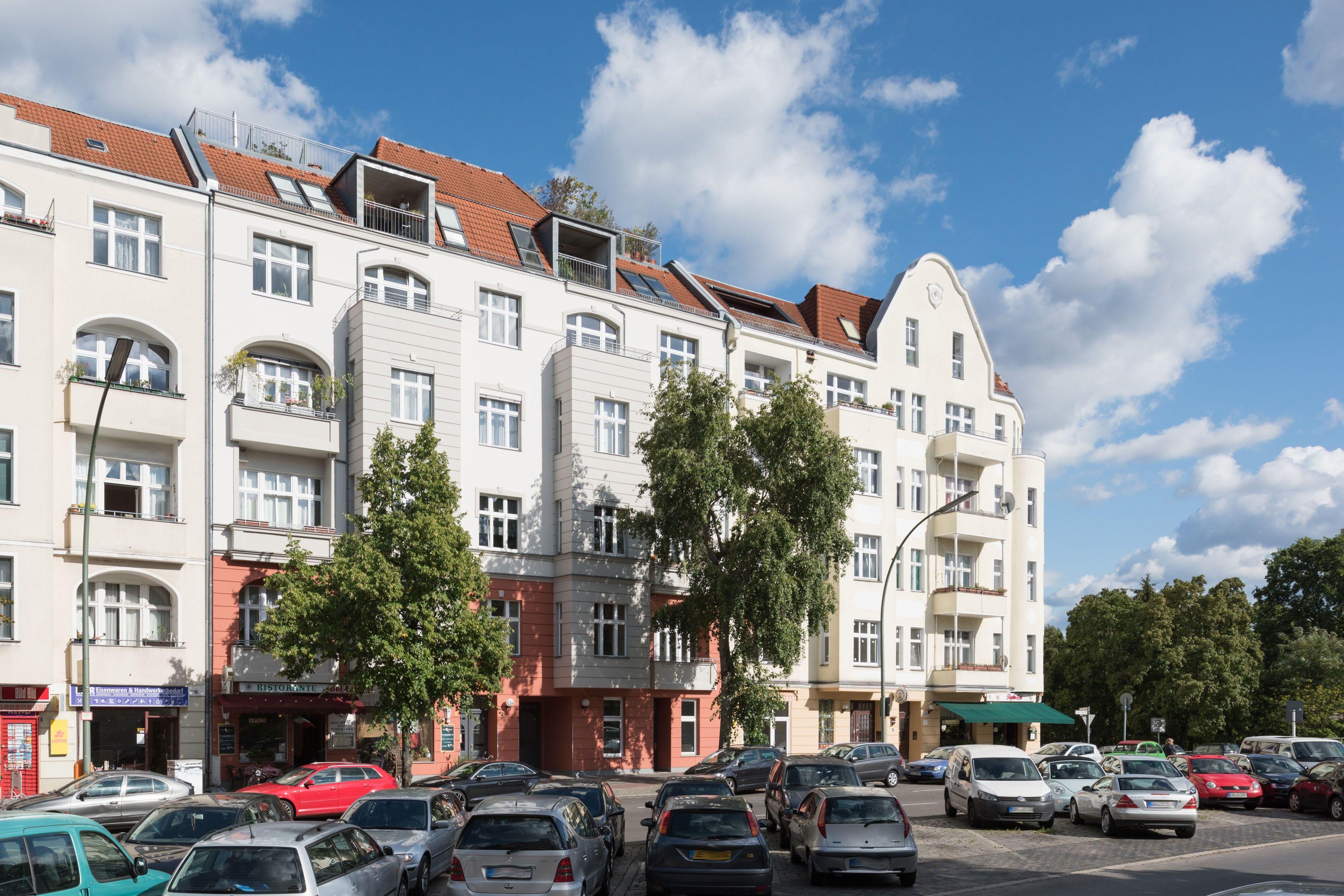 Eigentumswohnung Konigin Elisabeth Str 54 14059 Berlin Charlottenburg Mehr Auf Www Accentro De Berlin Eigentumswohnung Wohnung Kaufen Wohnung
