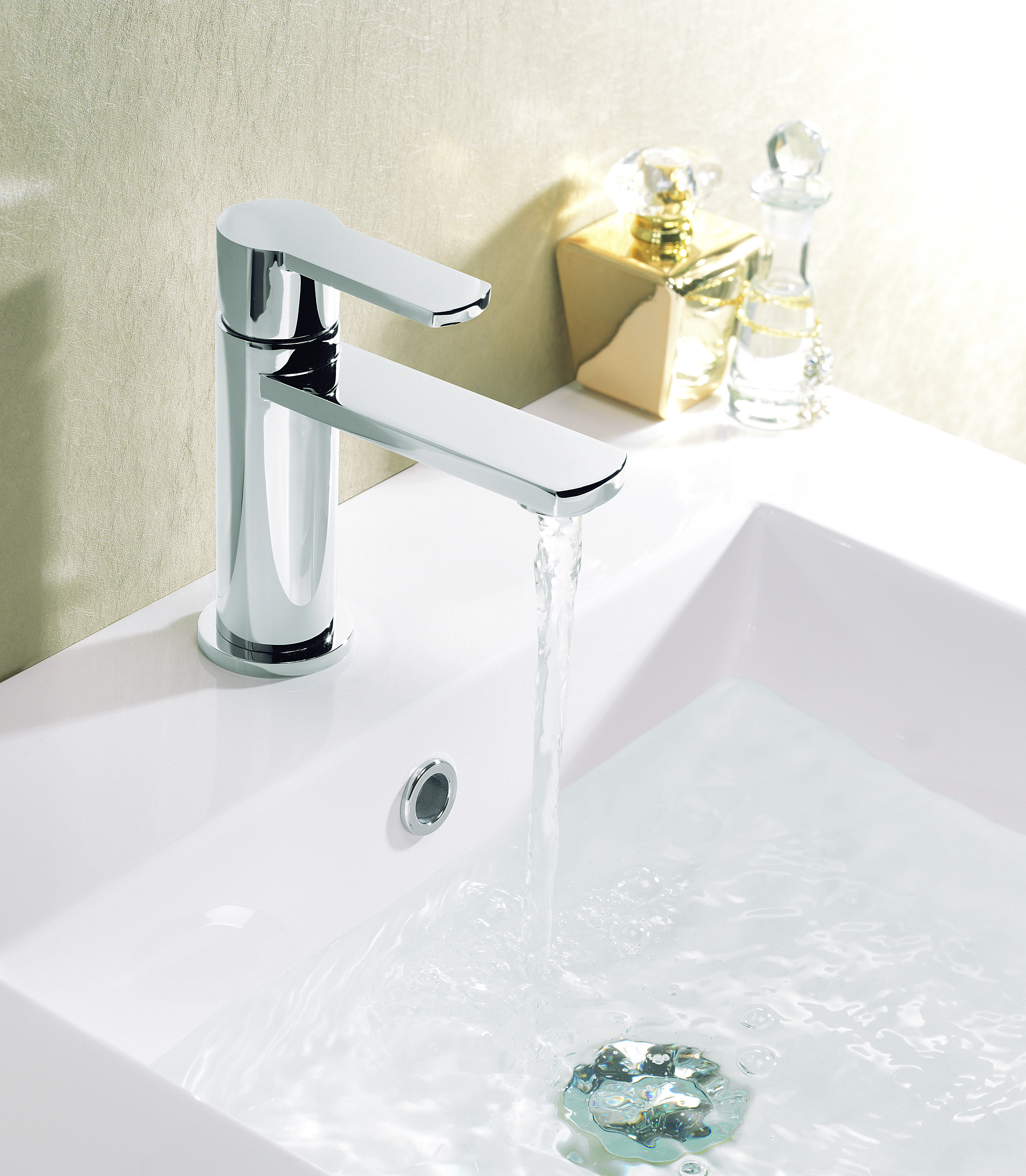 Wisp Single Hole Basin Faucet With Images Bathroom Basin Taps Faucet Basin