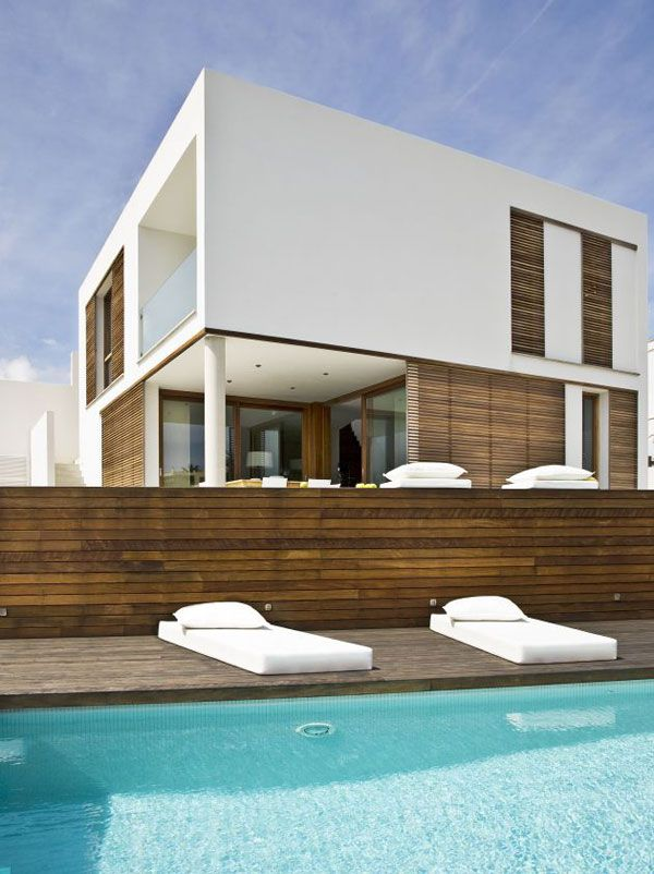 Zen Style Home on the Spanish Seaside Zen style Modern house