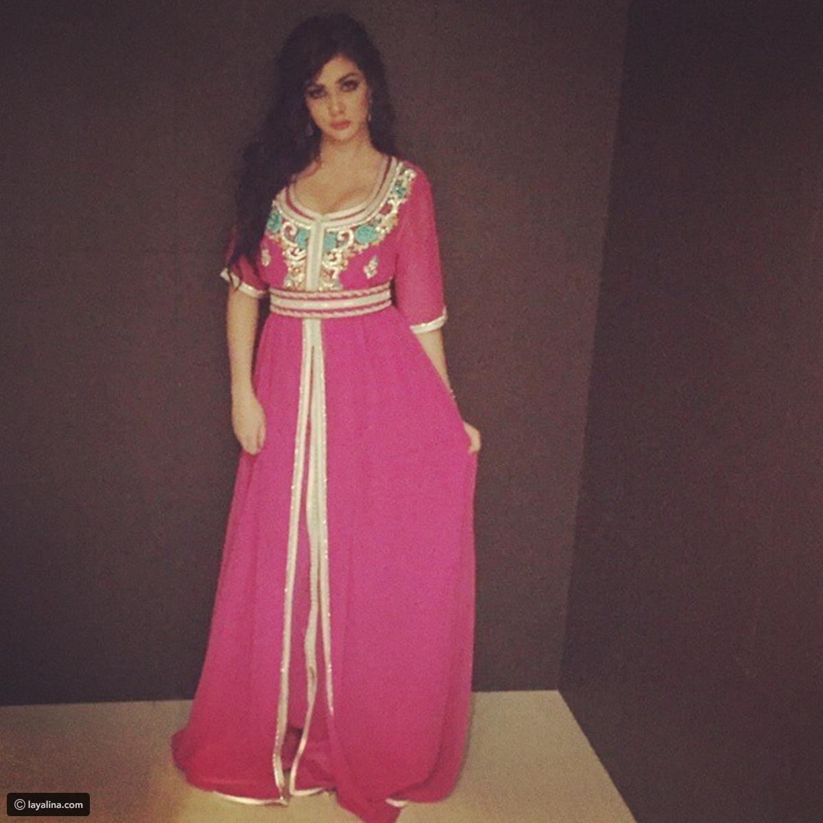 أجمل صور ابتسام تسكت شبيهة هيفاء وهبي بالقفطان المغربي ليالينا Maxi Dress Fashion Dresses