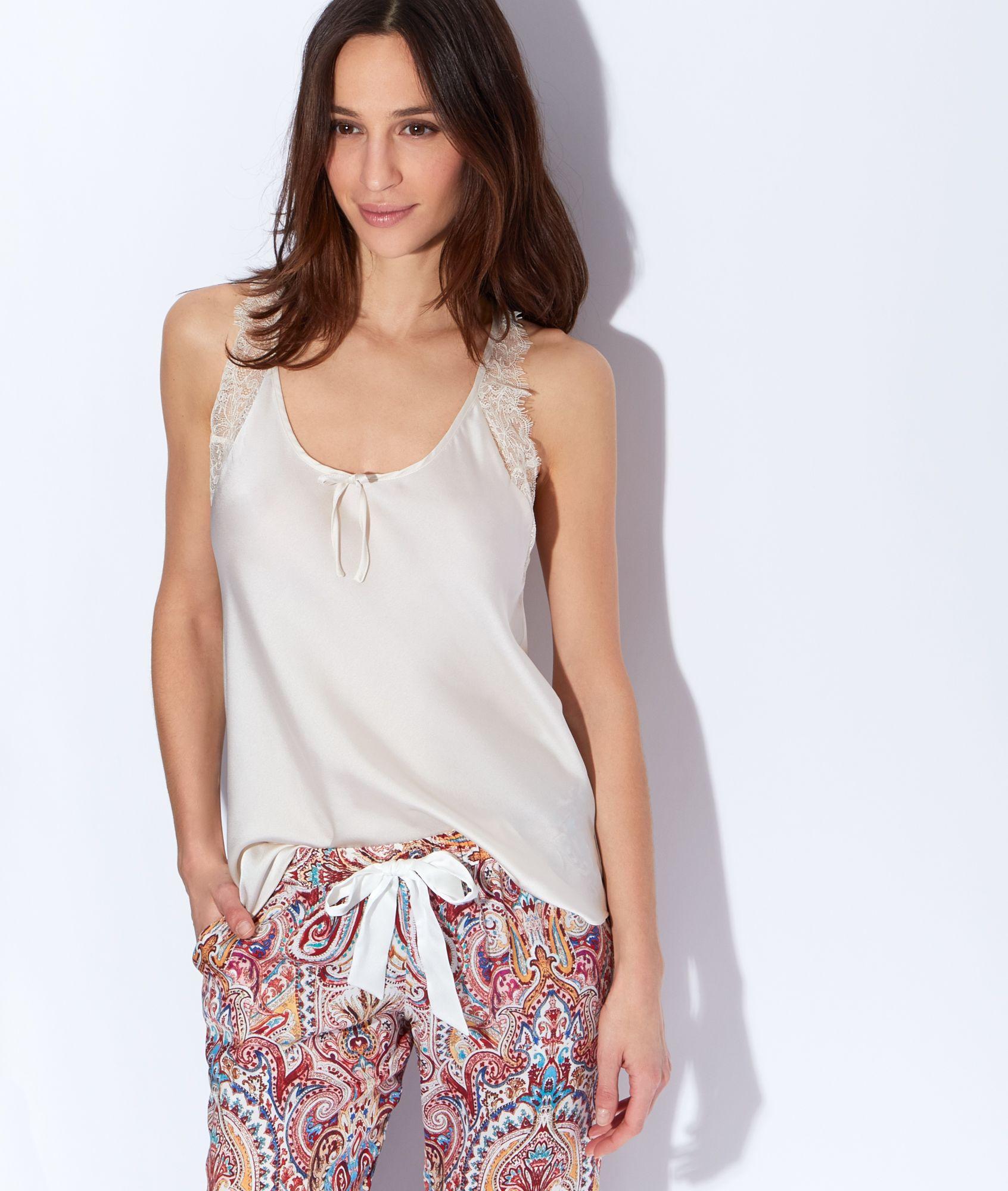 aspect esthétique se connecter codes promo Satin and lace pyjama top PhotoZ | Etam | Pijamas for home ...