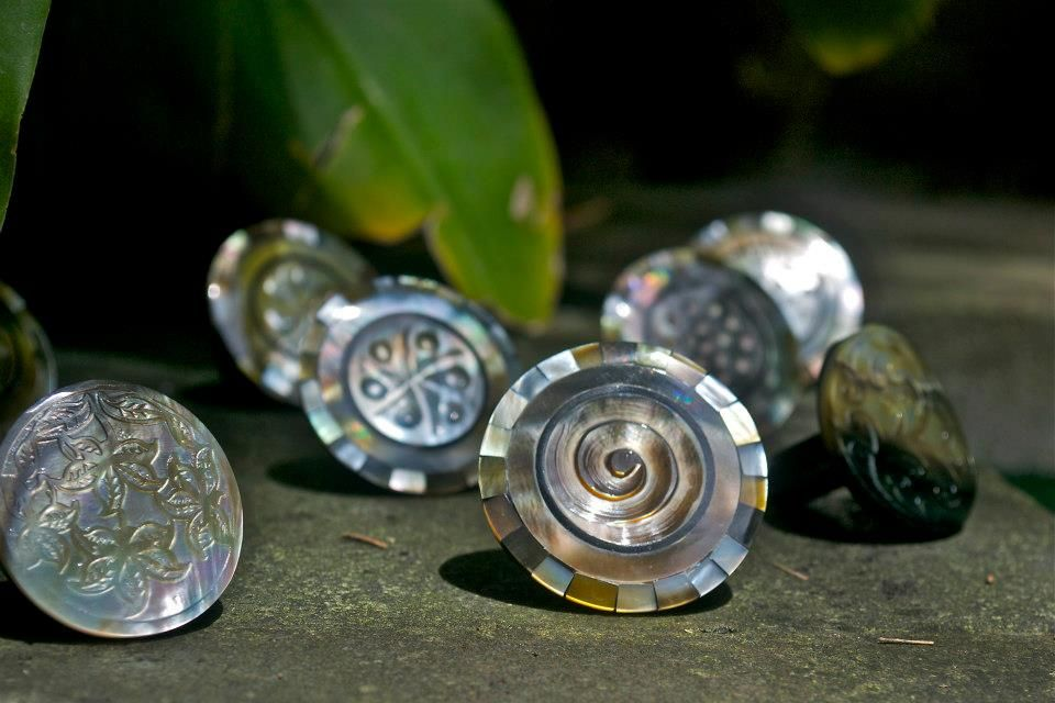 Hand carved shell rings 5 kuta in media pa rings pinterest 5 kuta in media pa winobraniefo Gallery