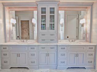 View This Great 3 4 Bathroom With Crown Molding Slate Tile Floors In Charlotte Nc Th Bathroom Storage Tower Bathroom Vanity Storage Master Bathroom Vanity