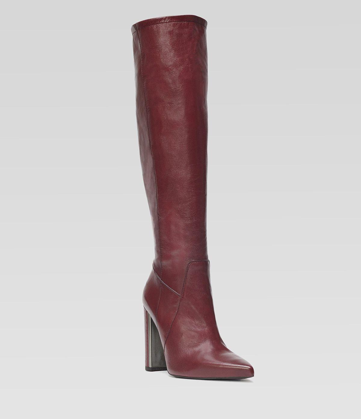 Spitzer Langschaftstiefel mit Blockabsatz #poilei #shoes #bordeaux