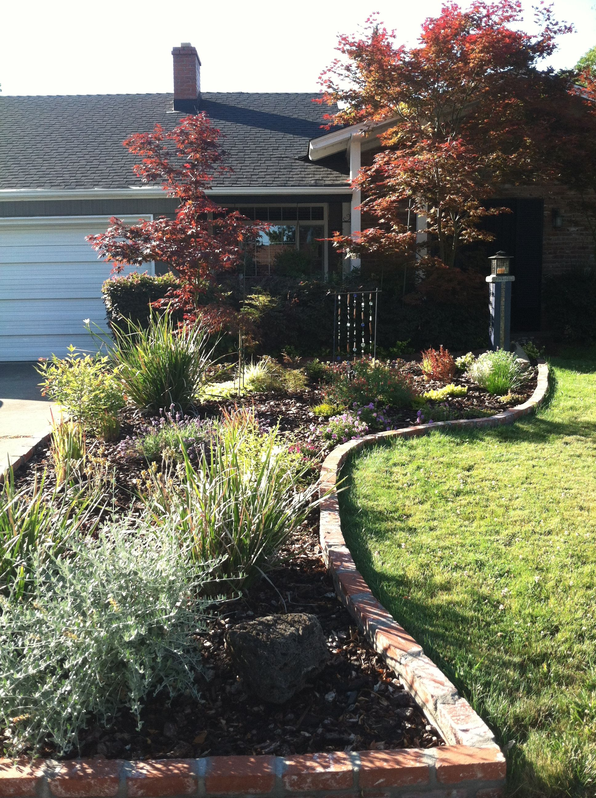 My front yard makeover | Front yard, Front lawn, Brick patios