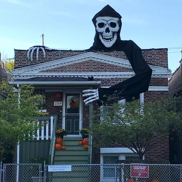 Giant Skeleton Halloween Decoration In 2020 Halloween Skeletons Halloween Skeleton Decorations Fun Halloween Decor