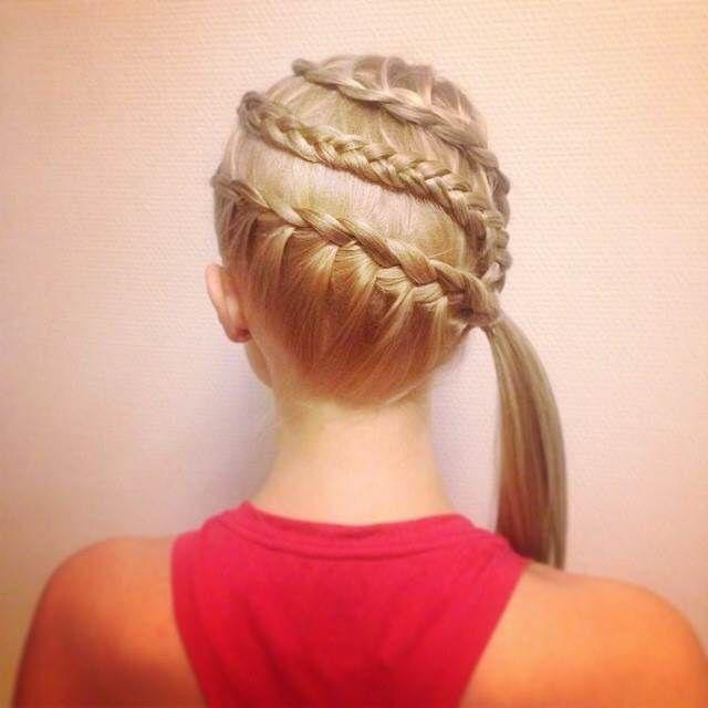16 Things All Field Hockey Players Understand Hockey Hair Sport Hair Hockey Players