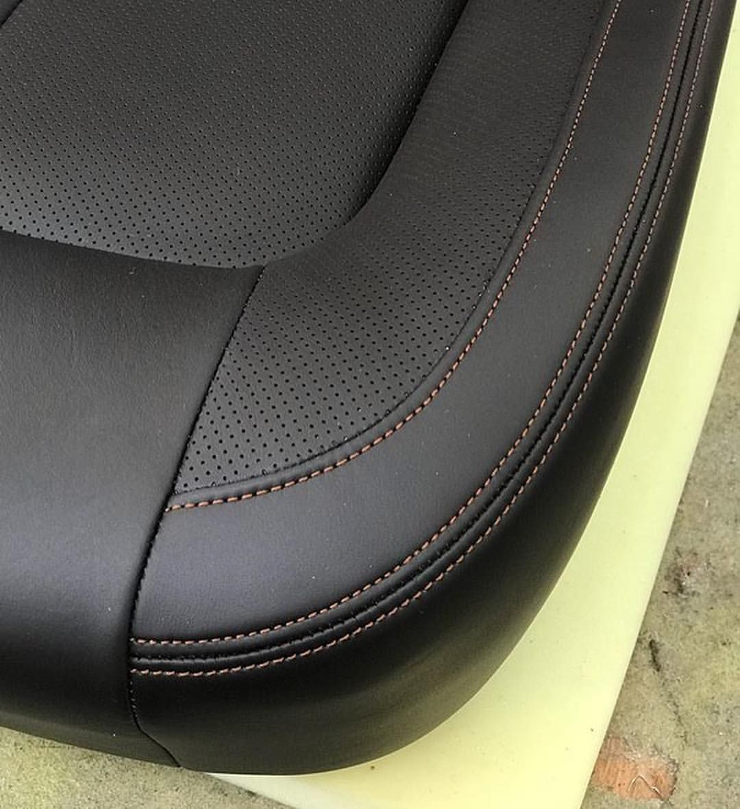 Wow Check Out This Gorgeous Custom Bucket Seat By One Of My