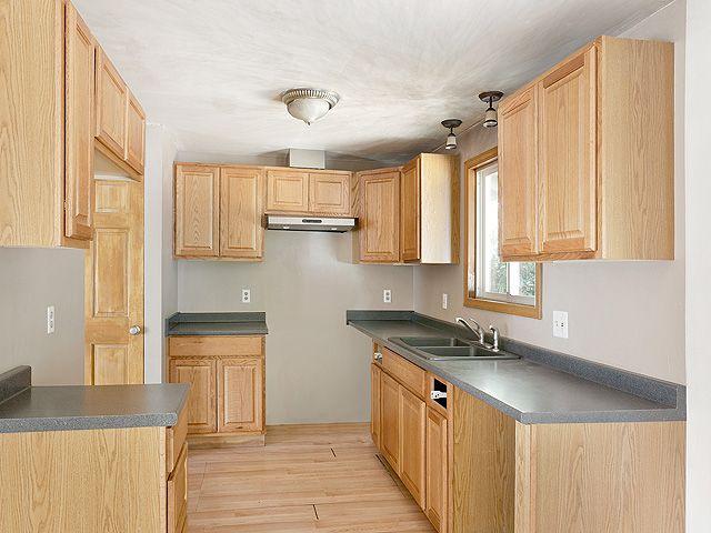 Hud Home 21033 Se Salmon St Gresham Or Spaces Kitchens