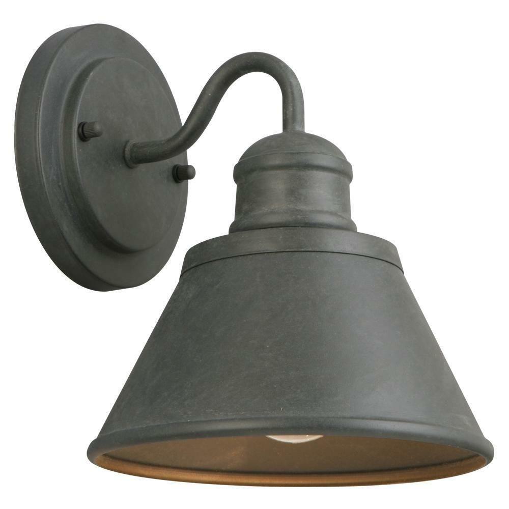 Hampton Bay 1-Light Oil-Rubbed Bronze Outdoor Dusk-to-Dawn Wall-Mount Lantern