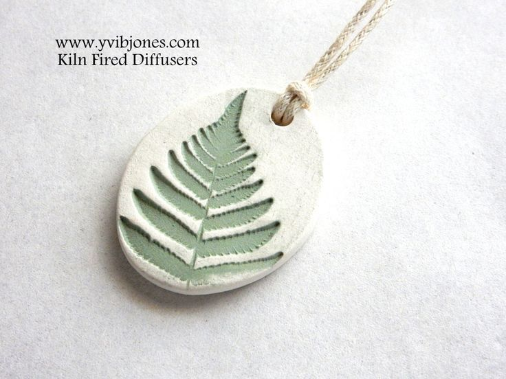 Essential Oil Diffuser Necklace, Aromatherapy Clay Jewelry, Nature Inspired, Fern Design Necklace, Handmade Gift Idea - pinned by http://pin4etsy.com