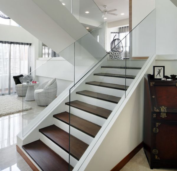 Pandan Valley Condo: Modern Handrail Designs That Make The Staircase Stand Out