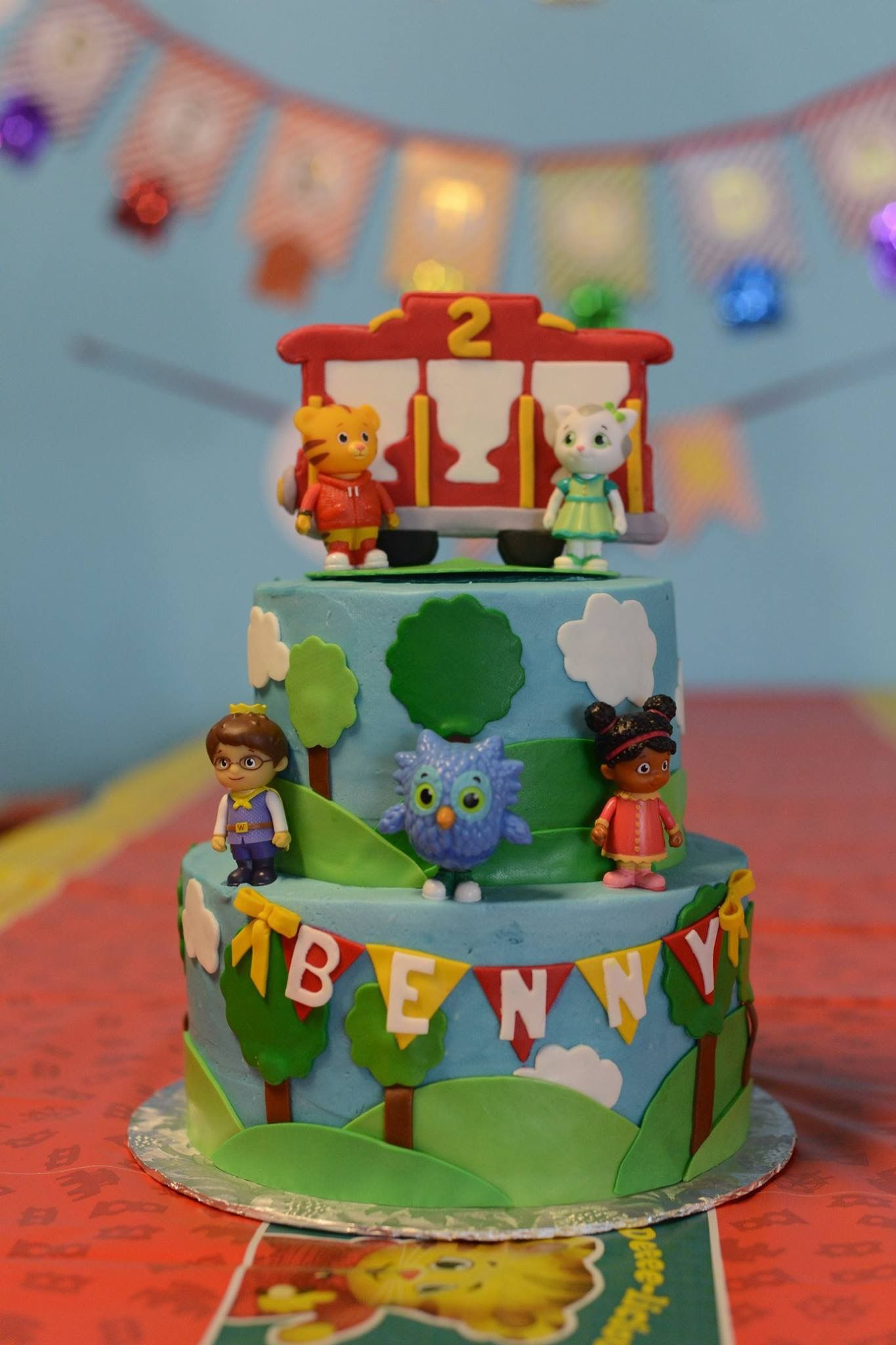 Daniel tiger cake tiger cake daniel tiger cake cake