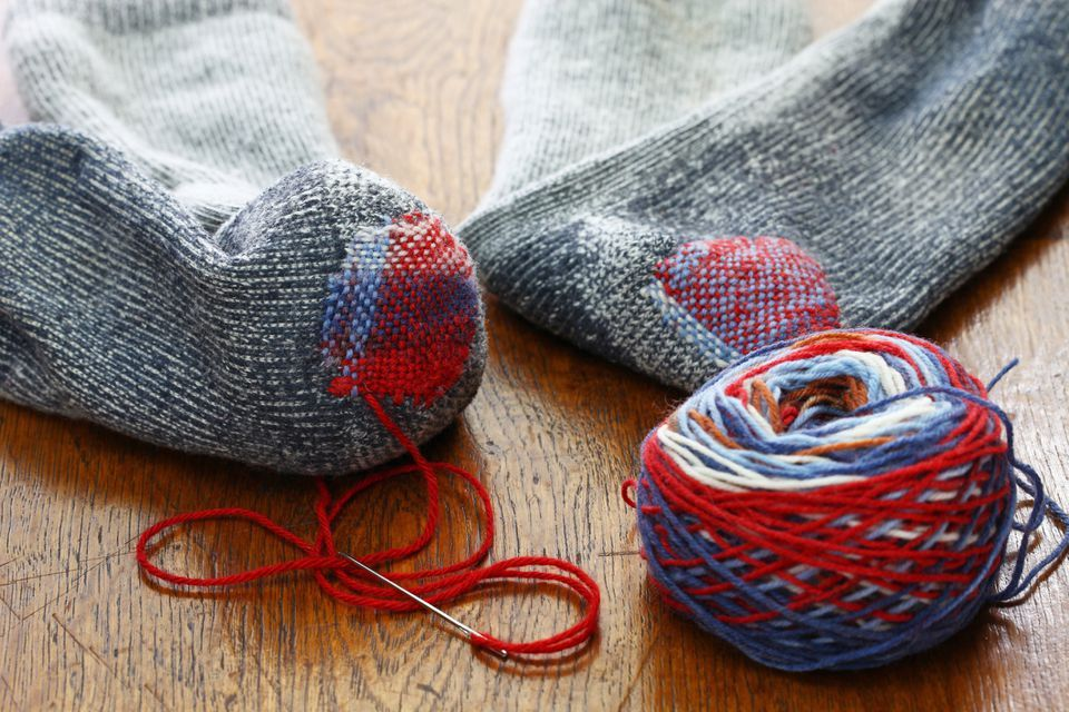 Slideshow of a Sock Darning Tutorial in 2020 How to darn