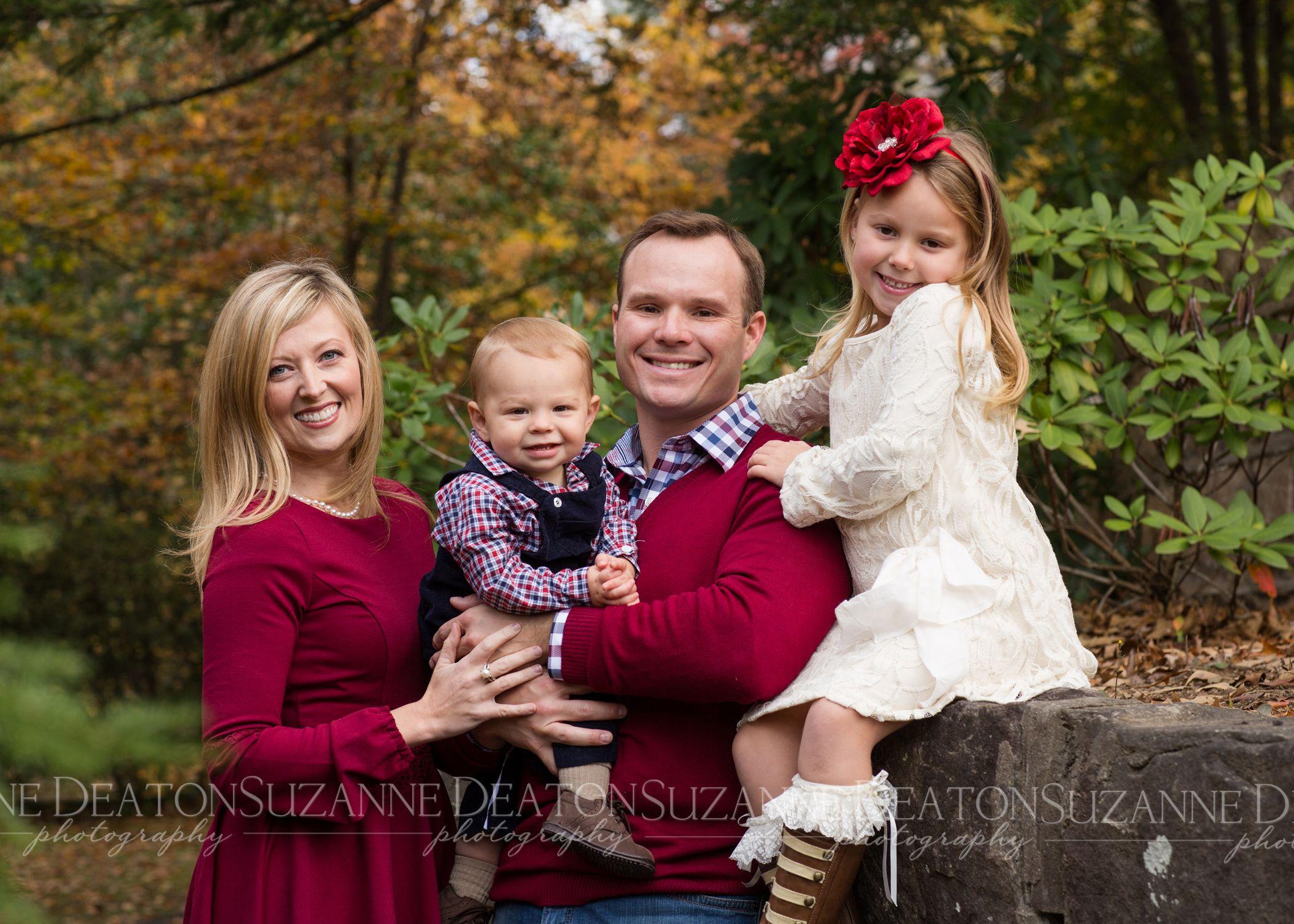 outdoor family portrait clothing ideas wwwimgkidcom