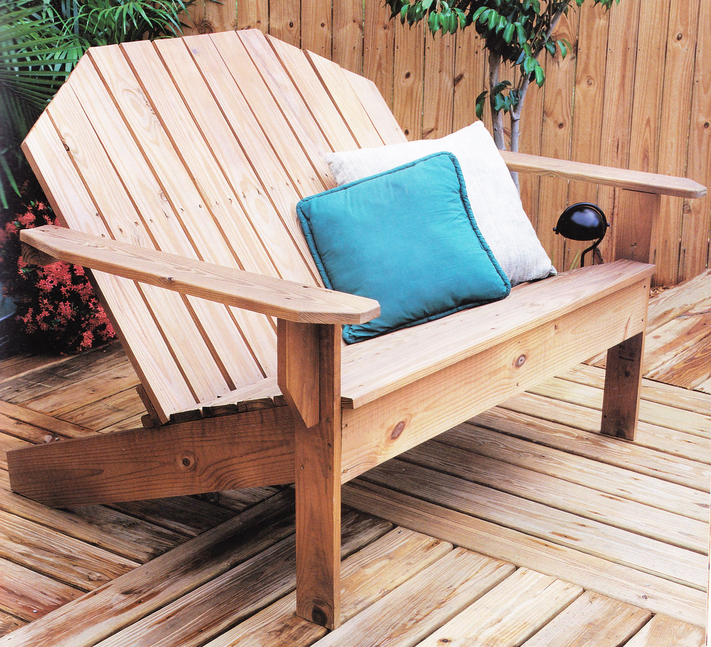 Muskoka Sofa design from 2x4 Projects for Outdoor Living