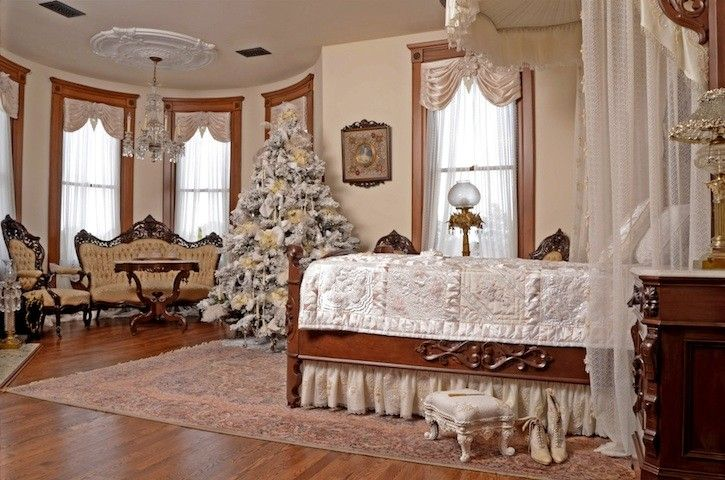 Queen Anne Style Bedroom Furniture Such As Queen Bed Design