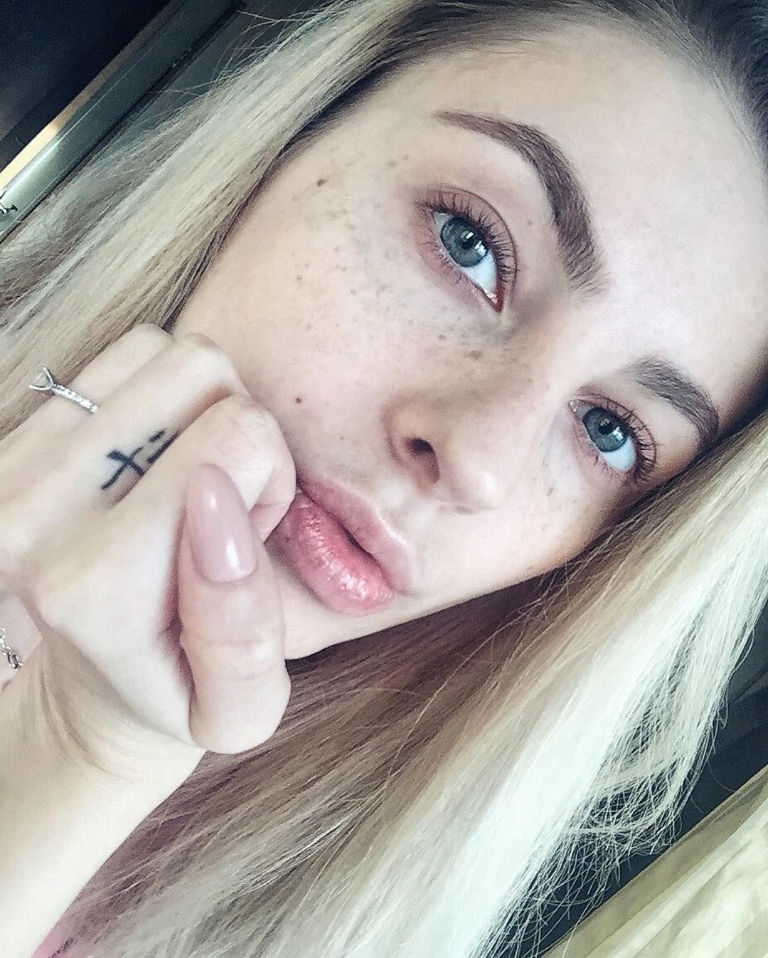 Longhairlorealprofessionnel blonde goldenblonde girlygirl