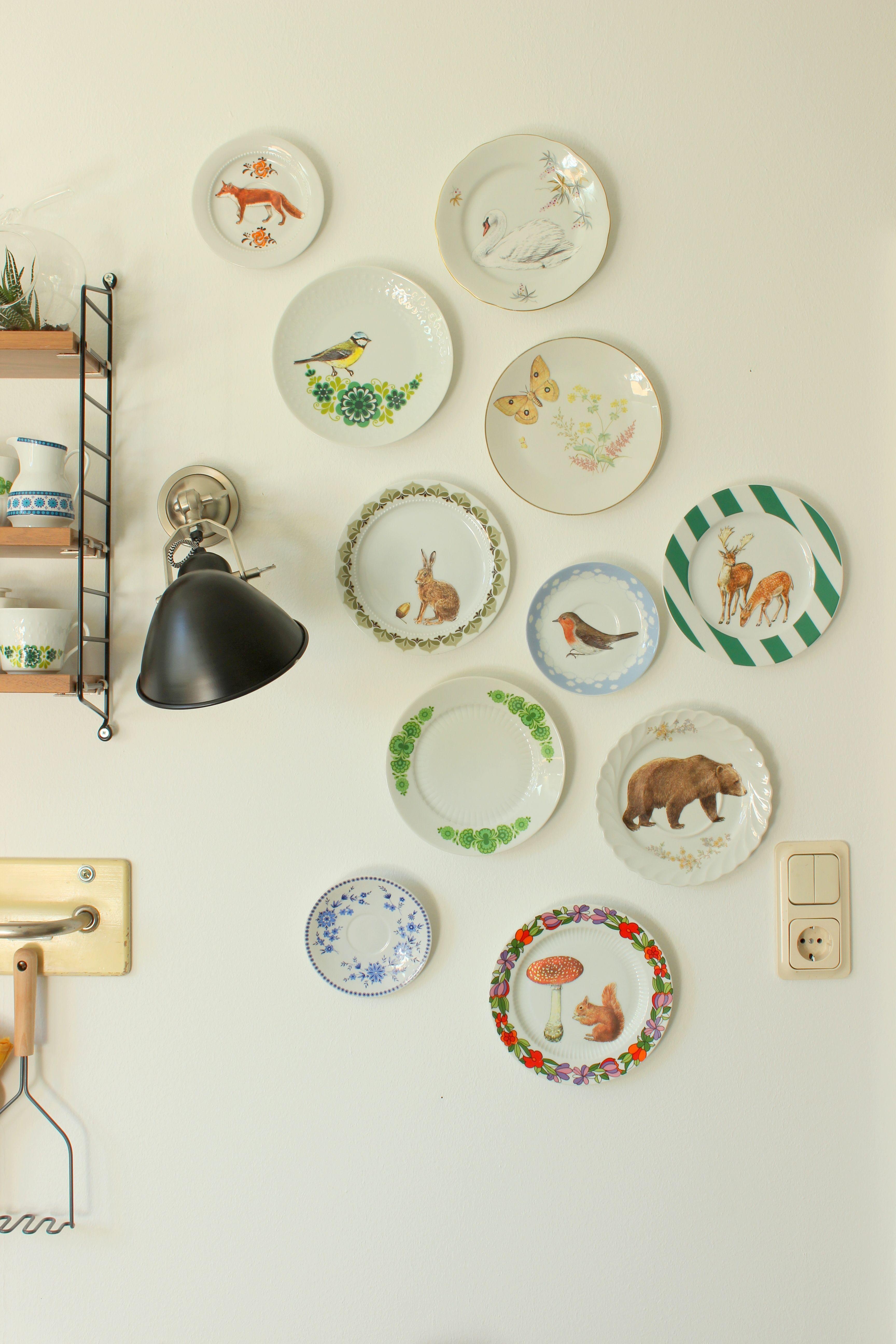 Ich habe aus alten Vintage-Teller Herbstliche Wandteller gestaltet und damit unsere Küche geschmückt