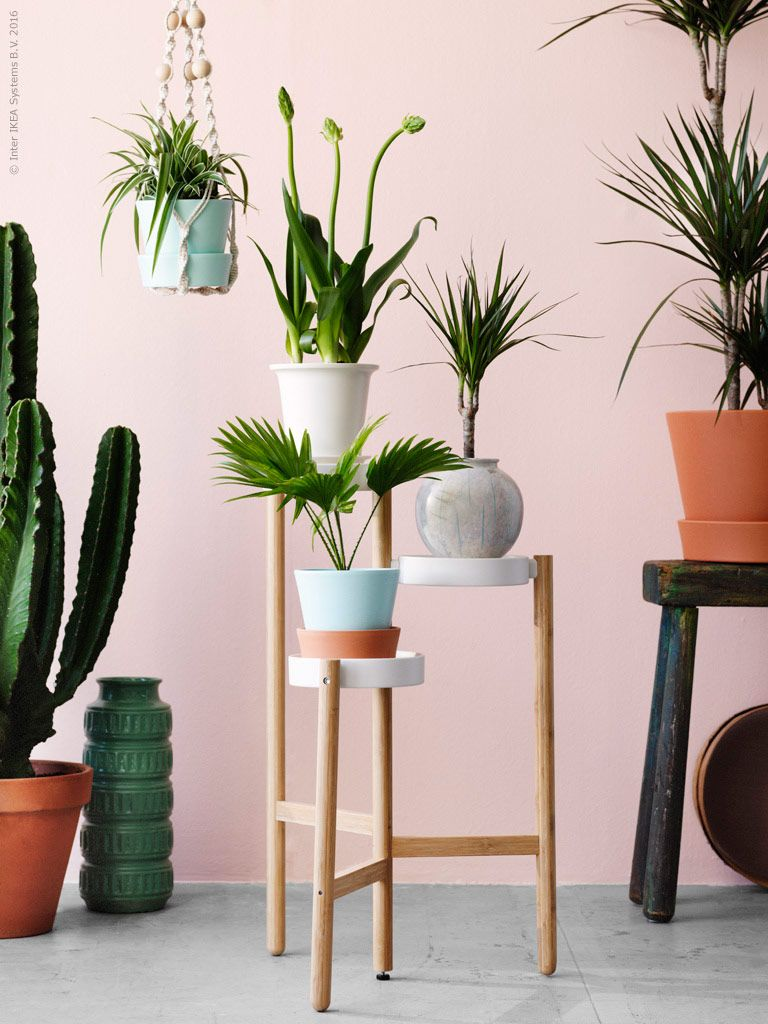 Satsumas Trippelpiedestal I Lackat Stal Och Bambu Design Carl