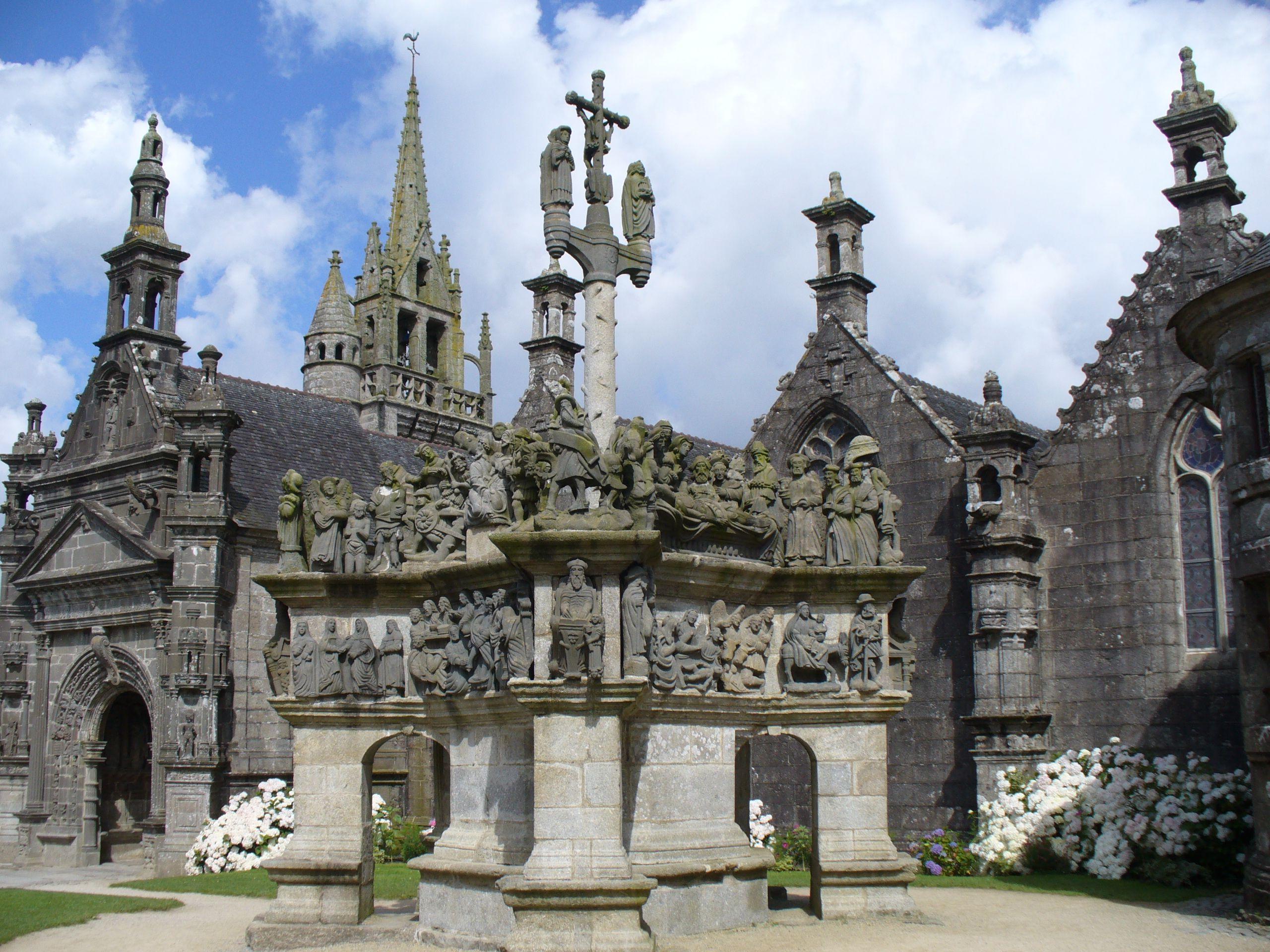 Epingle Par Tout Commence En Finistere Sur Enclos Paroissiaux En Finistere Bretagne France Monument Religieux Bretagne