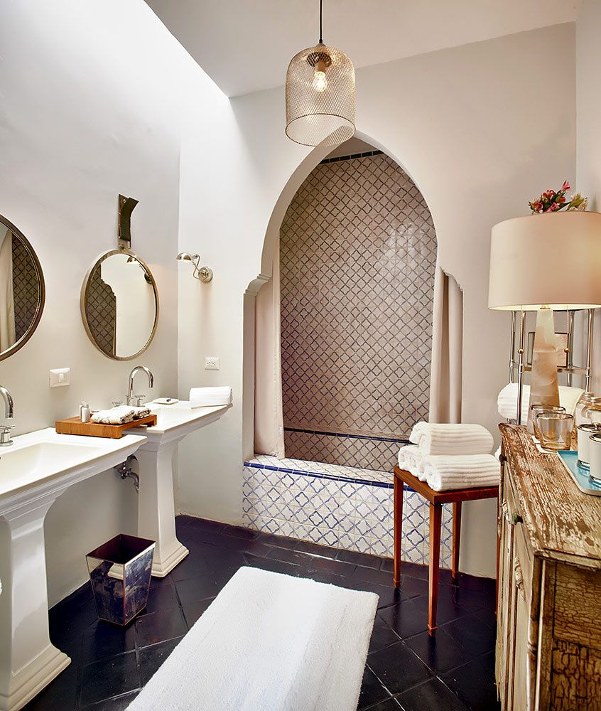 Love The Arched Doorway To The Tub Salle De Bain Pinterest
