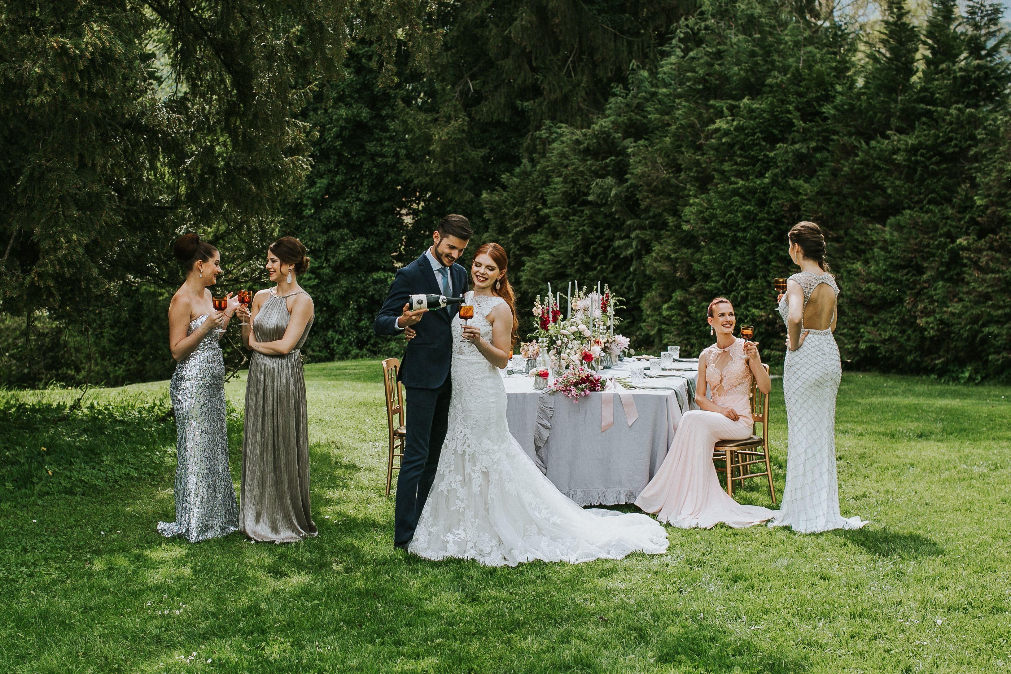 Austrian Romantic Garden Wedding Elegante Garten Hochzeit In Graz Schloss Sankt Veit Aiola Weddings Brautjungfern Hochzeitsfotografie Braut