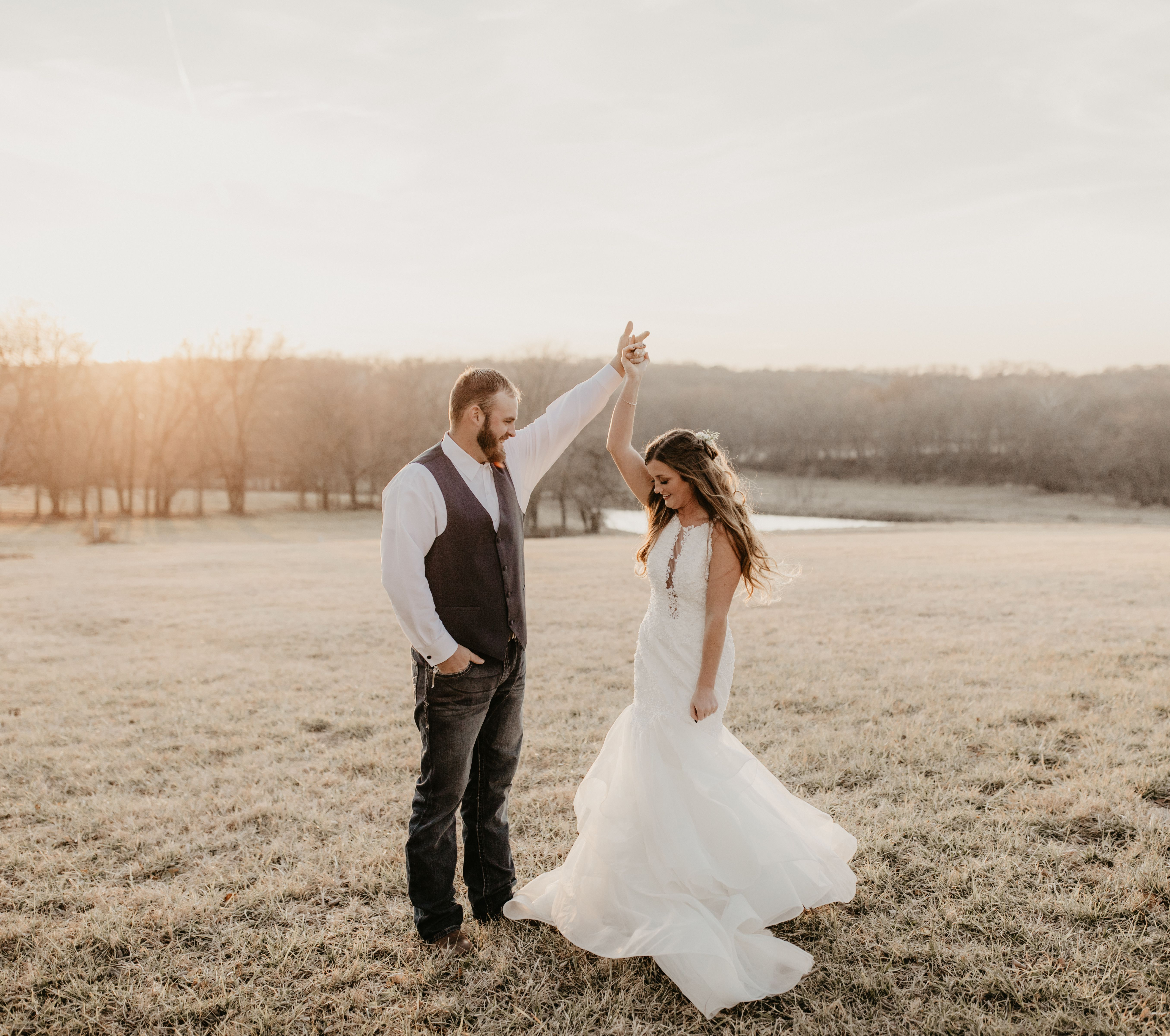 Cute Wedding Pictures Of Bride And Groom