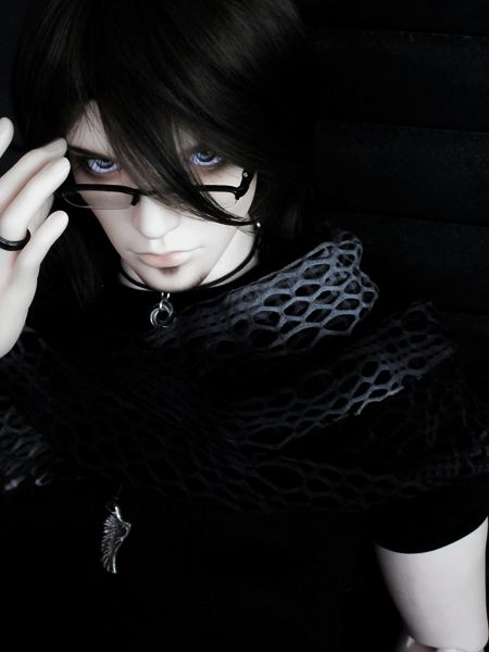 Four Eyes by Na7s.deviantart.com on @DeviantArt