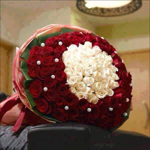 بوكيه ورد رائع Red Wedding Flowers Flowers For Girlfriend Anniversary Flowers