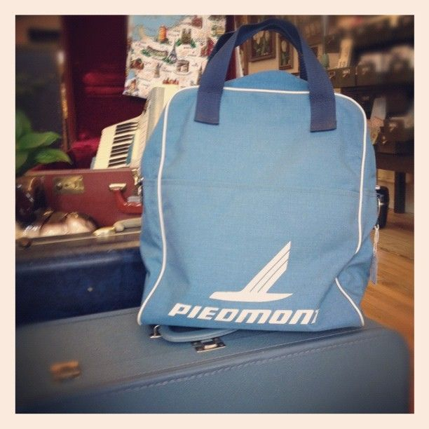 Vintage Piedmont Airlines bag just in @ Night & Day ...